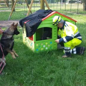 Materna Andersen: prova evacuazione, il cane ha individuato il disperso