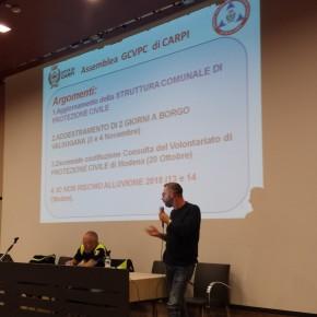 Mauro Zanazzi all'assemblea del 3 ottobre durante il suo intervento