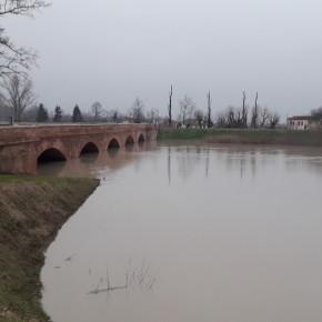 la piena al ponte Motta